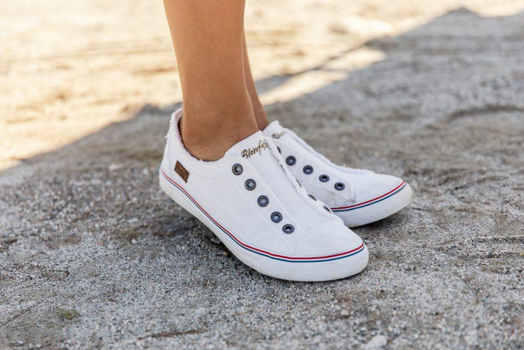 white sneakers Archives   Blowfish Malibu